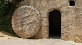 HAPPY EASTER!! - Click for the story of Jesus's Resurrection